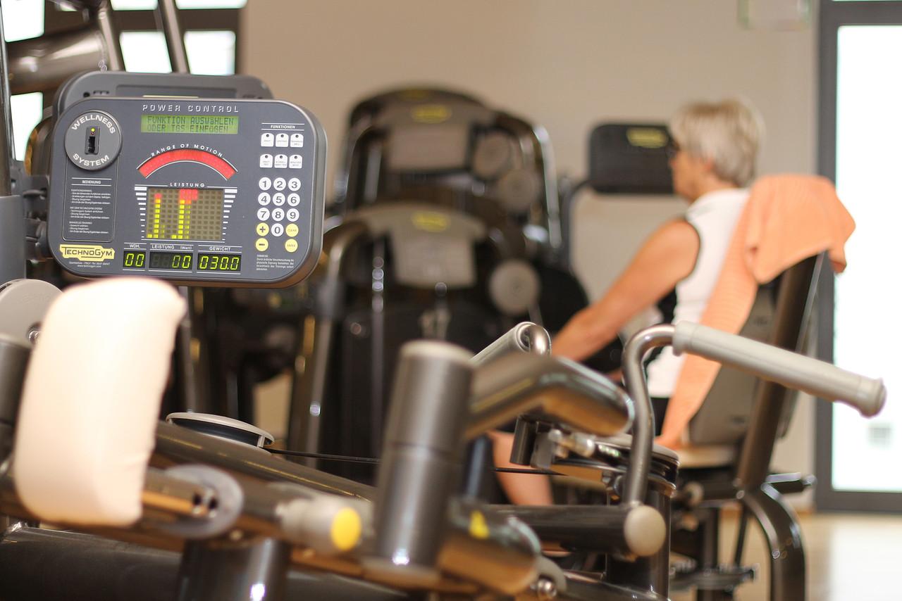technogym park fitness und wellness im injoy dem top fitness studio in weiden. Black Bedroom Furniture Sets. Home Design Ideas